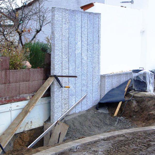 Granitpalisaden als Sichtschutz